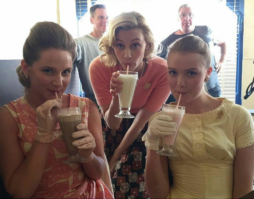 11.22.63 | Chelsea Norgren, Sarah Gadon, Erica Anderson